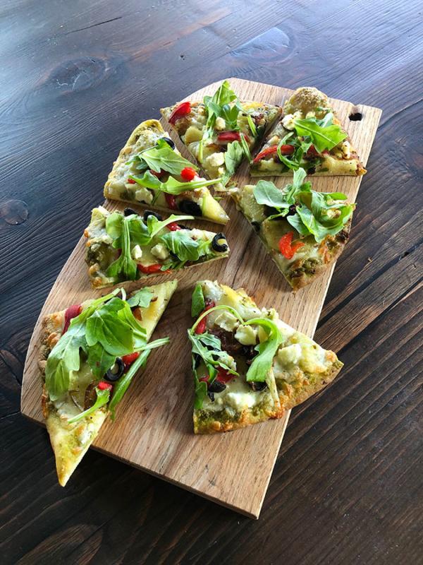 whistler-delivery-Veggie-pizza