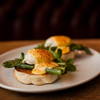 Eggs-Benedict-Asparagus-Whistler-Grocery-Service-Delivery-Premium-Quality-scaled