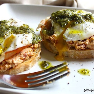Eggs-Benedict-Pesto-Mushroom-Whistler-Grocery-Service-Delivery-Premium-Quality