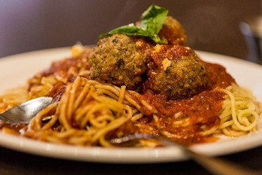 Spaghettetini-and-meatballs-pasta-lupino-whistler-grocery-service-delivery-premium-quality